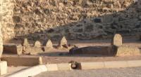 روایت شده که موسی بن جعفر علیه السلام خوش صدا بود و قرآن خوب میخواند، روزی فرمود حضرت علی بن الحسین که قرآن میخواند گاهی از رهگذران که صدای آن […]